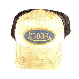 Von Dutch Light Up Cap